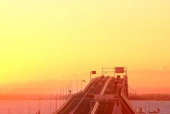 世界奇特隧道 中国就独占其二!
