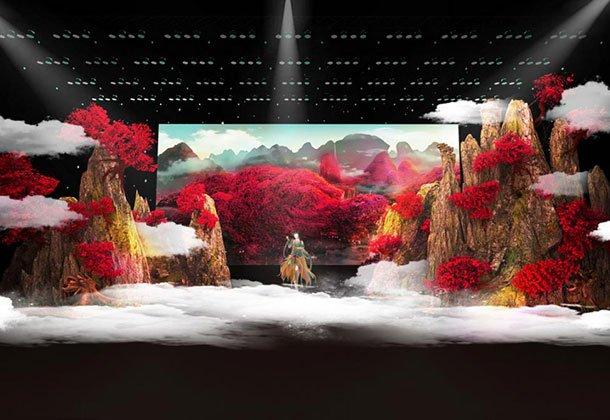 """十年老剧院变身""""造梦场"""" 虚实结合还原满山红叶盛景"""