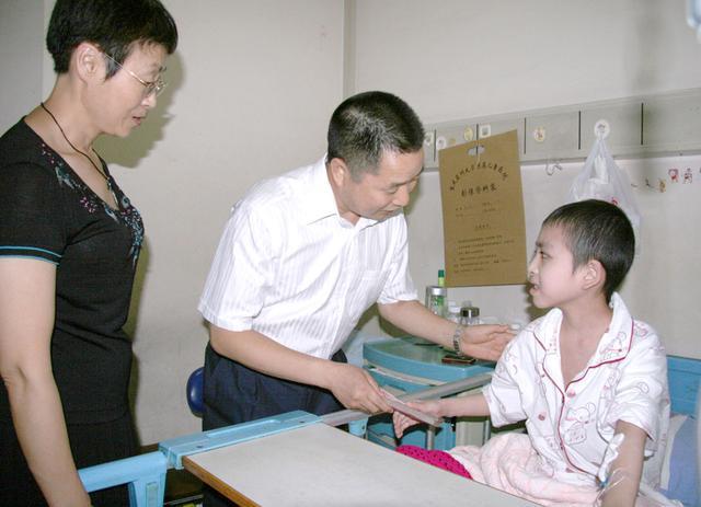 永川慈善会长:十年义务慈善路 爱心奉献香满径