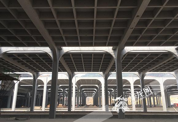 重慶西站年底投用 配全國最大跨度清水混凝土雨棚