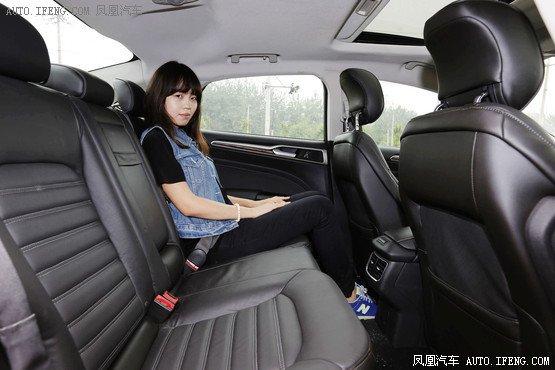 25万带唯一特殊配置中级车 享私人定制