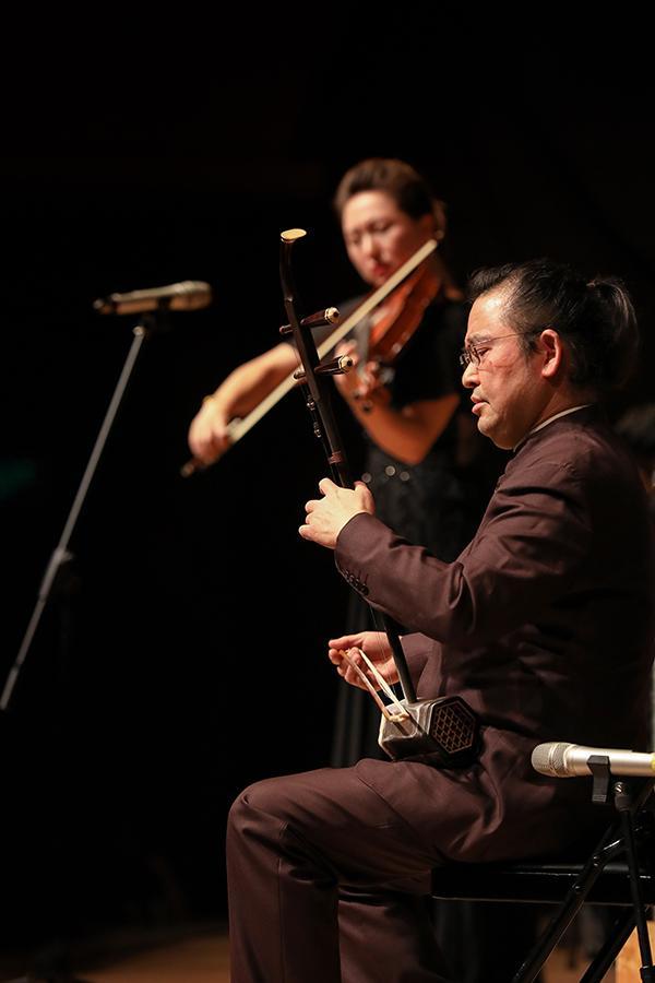 重庆交响乐团西部交响乐周交响音乐会在歌剧院上演