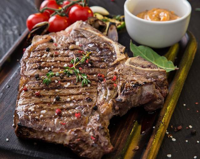 五成熟牛排能放心吃吗