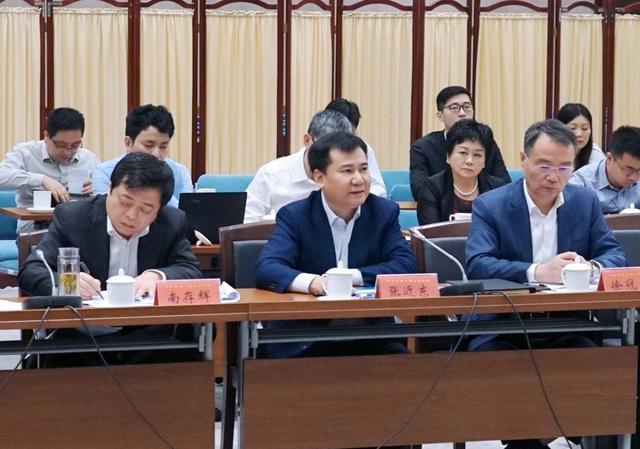 江苏省工商联带队参访苏宁 张近东倡议勇于担当