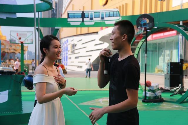 纯热爱自不凡丨怡宝路演重磅来袭 嗨翻夏日