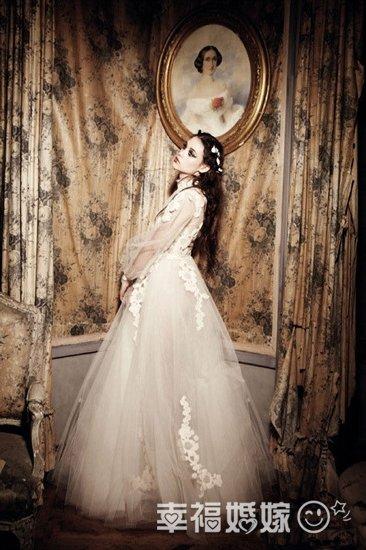 雅曼视觉时尚婚纱设计_时尚新视觉 奢华婚纱礼帽
