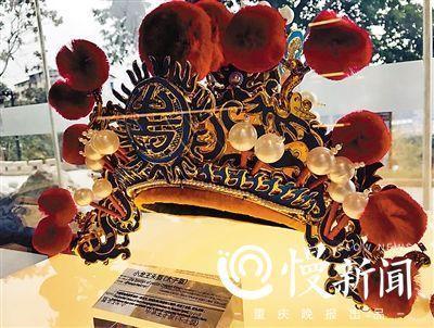 春节到这里 探老重庆历史玩粗瓷器制作