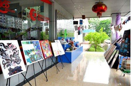 新华电脑技工学校举办学生构成作品展