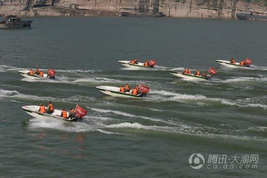 重庆市委党校处长班学员走进军营 感受部队严明纪律