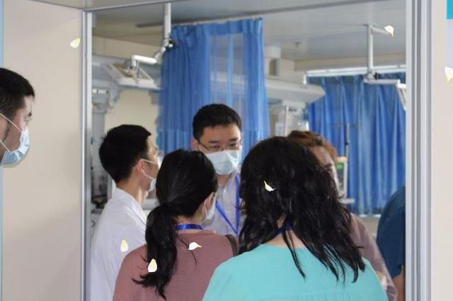 学习颅脑创伤急救 42位外国同行到市急救医疗中心取经