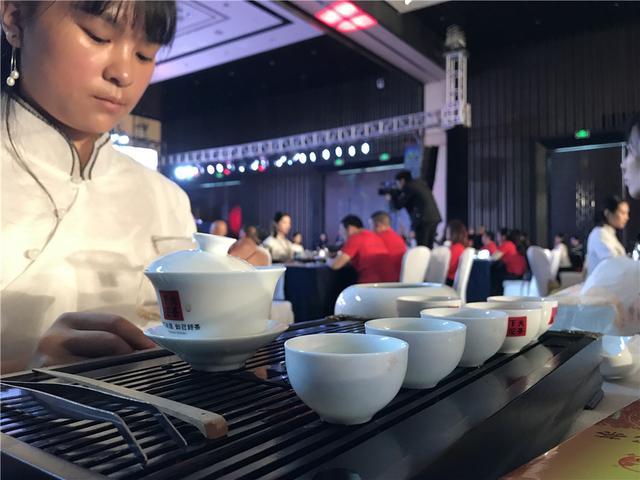 """下关沱茶川渝百年盛典隆重召开 新品""""甲子沱"""""""