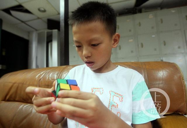 11岁公众开微信步骤号视频魔方带你玩转男孩美图秀秀场景具体教学图片
