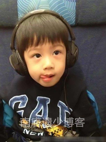 胡静四岁儿子帅过Lucas 老公朱兆祥身家50亿