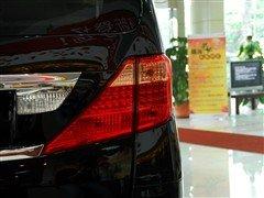 舒适是重点 实拍2010款进口丰田Alphard