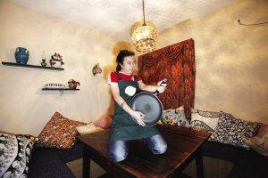 单位餐馆吃厌了 6同事租房开个私房食堂