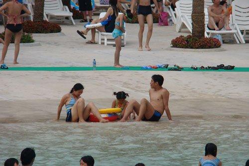 端午欢乐亲水游 加勒比海水世界玩法多