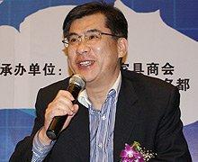 香港家私业协会高级顾问 陈清华