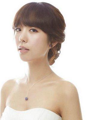 齐刘海新娘造型同样很完美图片