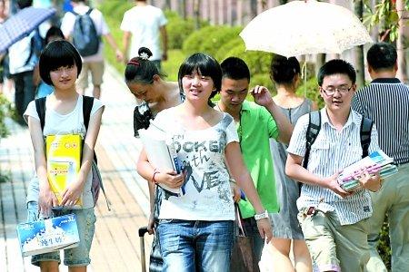 避高温 重庆中小学推迟至9月5日开学(图)