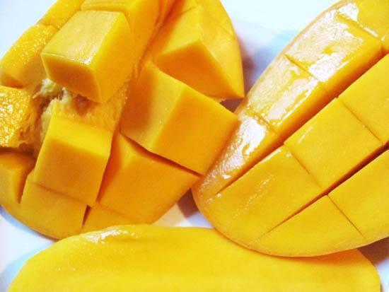 女人多吃四种水果防乳癌