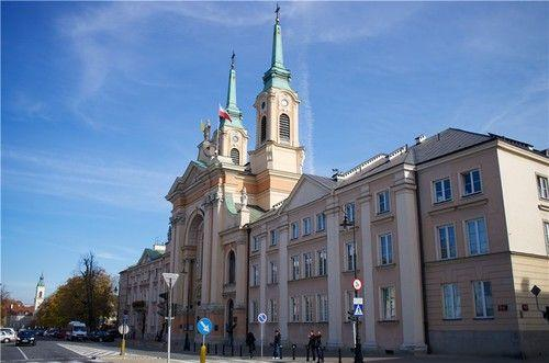 逛温情脉脉的华沙 二战时几乎被夷为平地