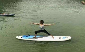 水上瑜伽练出新高度