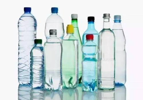 日企无视干旱生产瓶装水 逾10万人请愿停止