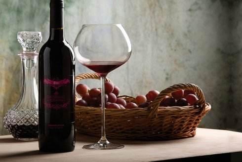 每天两杯红酒,有助清除大脑垃圾