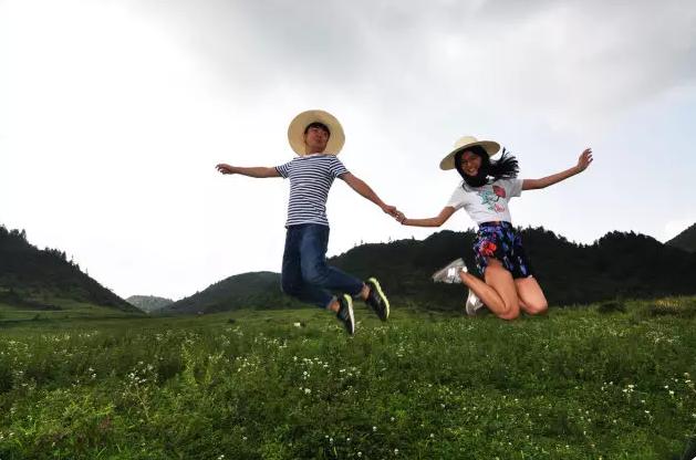 美丽乡村|跟我走吧,董小姐,我家有酉阳这片草原!