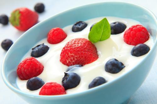 食物DIY有隐患 喝自制酸奶全家腹泻