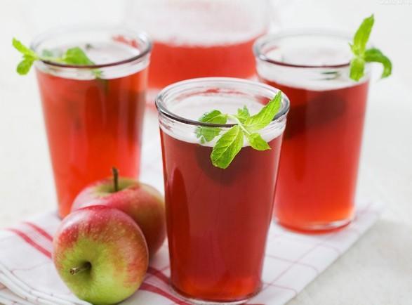 """""""喝""""水果不如吃水果 喝果汁学问多"""