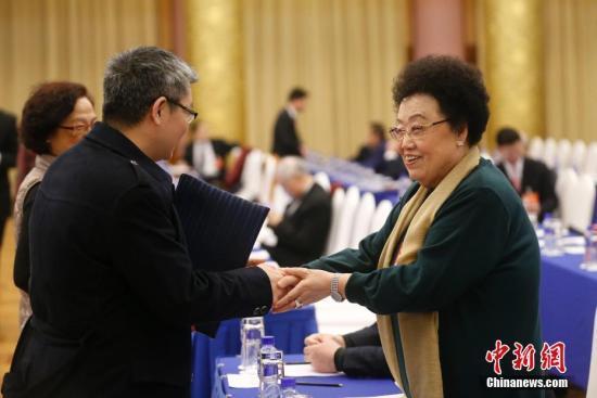 报告称中国白手起家十亿美金女富豪占全球超六成