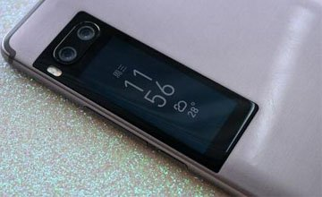 智能时代那些争议性极大的手机设计
