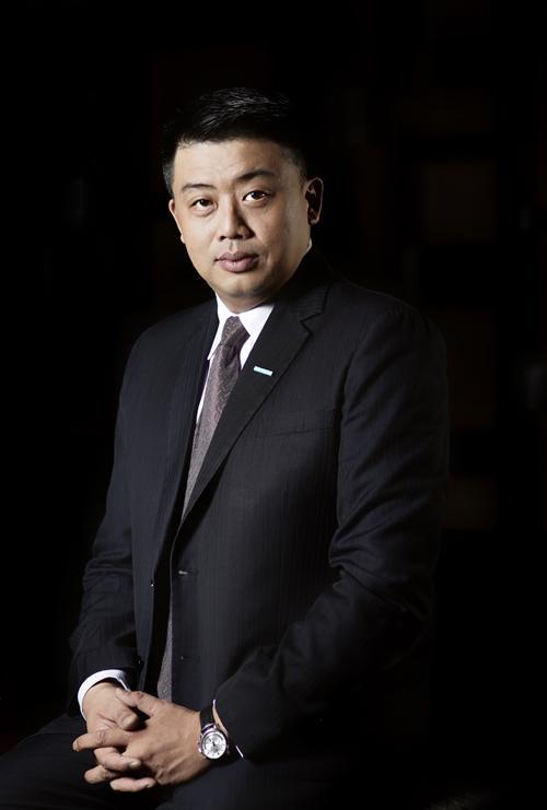 洪伟杰先生就任重庆万达艾美酒店总经理