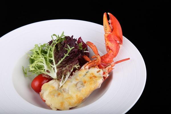 重庆丽晶酒店渝厨房邀你品尝海鲜自助晚餐