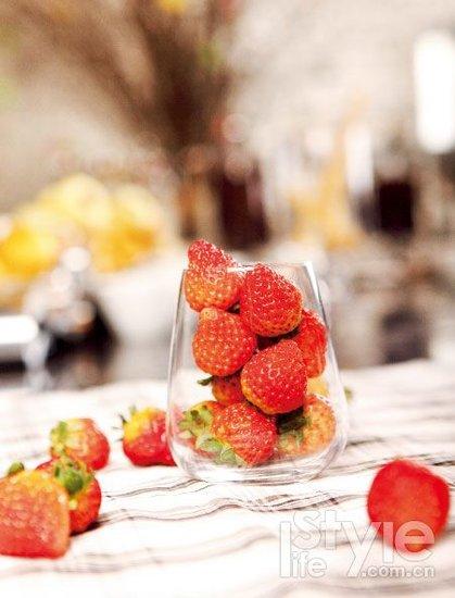 细品美味诱惑 法式草莓新吃法