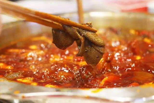 这家老火锅菜品自选 7.8折国宾还买一送一