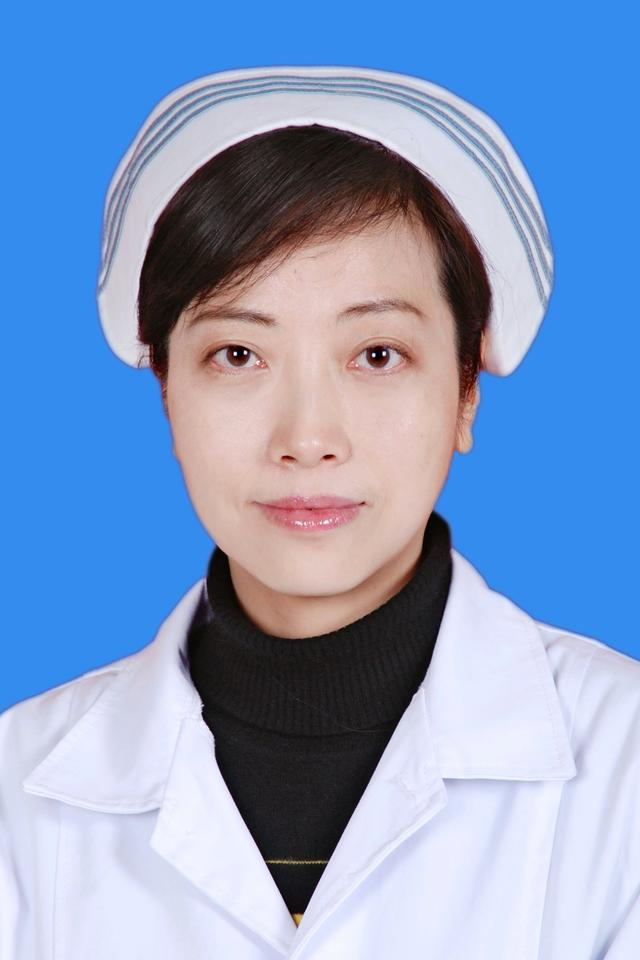 腾讯大渝网第八届医者仁心评选最美护士评委:陈东风