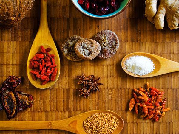 蒜蓉辣椒酱的做法 调味佳品