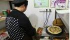 大学生卖煎饼月入十多万