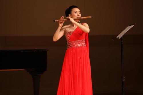 重庆竹笛演奏家赵兰将演奏笛子教学最大的作鼓谱难度图片