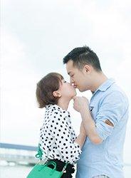 接吻赢新加坡机票