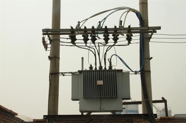 实测:高压电附近究竟有没有辐射?