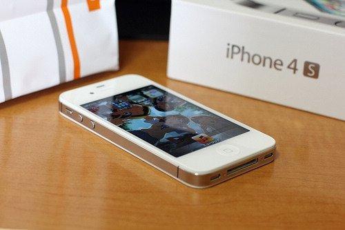 苹果iPhone4S-国内10大热门智能手机 小米列第一图片