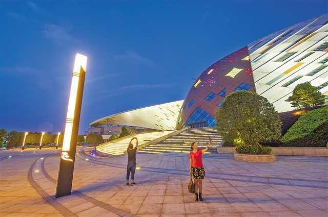 重庆国际马戏城8月迎客!