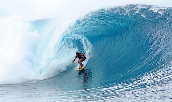 今夏最有魅力的冲浪圣地 体验速度与激情!