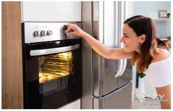 家电知识:微波炉和烤箱买哪个更划算?