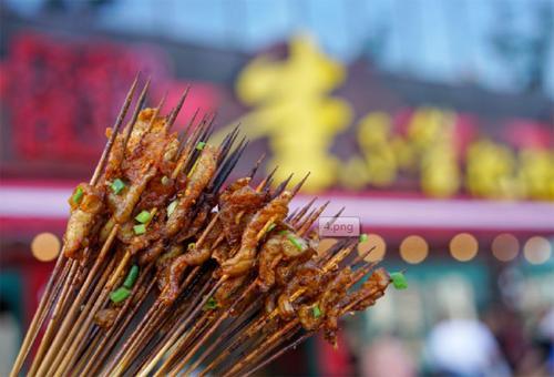 """国民老公王思聪排队也要吃的""""李不管把把烧""""重庆开店了"""