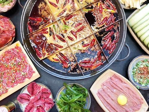 鲜火根火锅二周年庆 三分店同庆菜品6.8优惠
