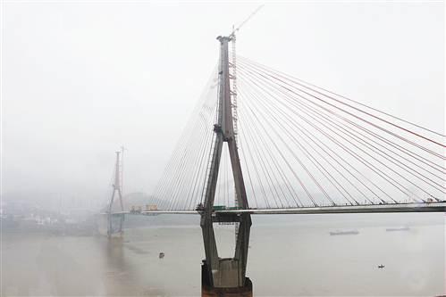 丰都长江二桥预计下月合龙